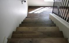 Torone - Staircase